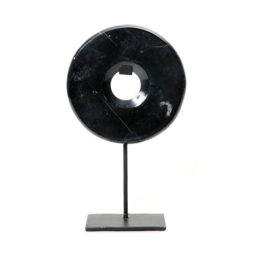 zwart marmer disc op standaard