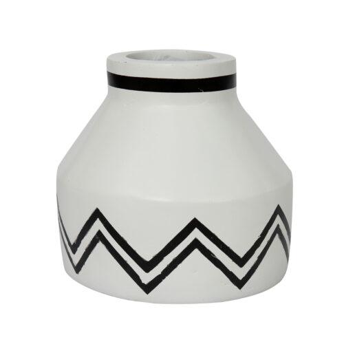 terracotta vaas wit met zwarte lijnen