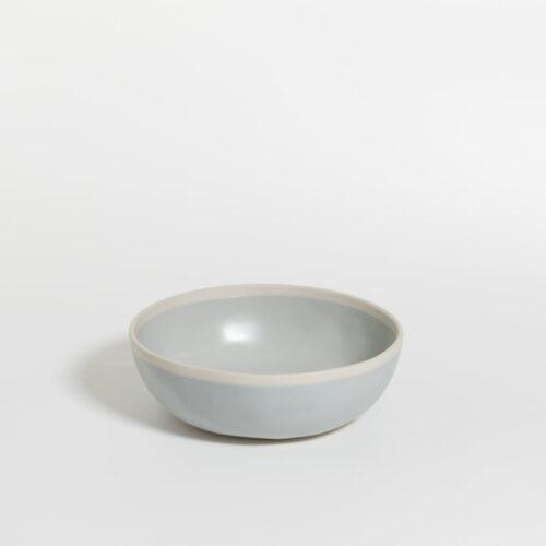 schaal in zeezout kleur met witte rand