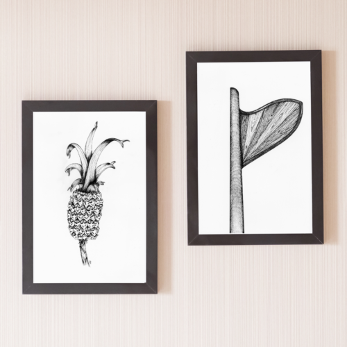 2 illustraties van ananas en vin van surfplank